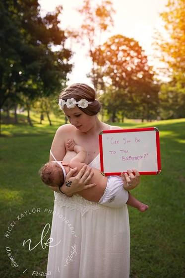 Кормящие мамы рассказали о самых нелепых претензиях в свой адрес (фото)