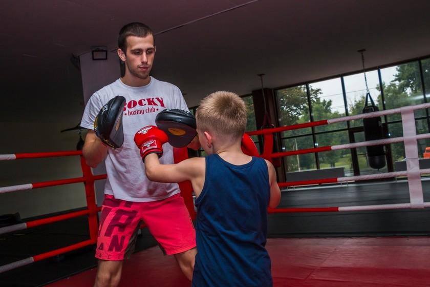 фото сына на боксе)